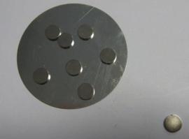 CE12250/5002- 8 stuks magneten van 10mm en 2mm dik
