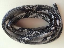 PU.05- 3 meter PU-leren koord slangenprint zwart/grijs 6mm