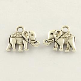 D48- 10 stuks metalen bedels olifant 14x11.5mm zilver