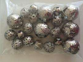 20 stuks grote metalen filigrain kralenmix 16-28mm staalkleur