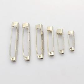 100 stuks broche speldjesmix van 20 tot 40mm breed zilverkleur
