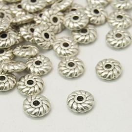 C325- 50 stuks metalen kralen spacers 6x2mm zilverkleur
