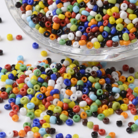 C381- 50gram glazen rocailles 1.5-2mm kleurenmix