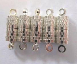 450901/0921- 5 stuks magneet sluitingen ton 8mm zilverkleur