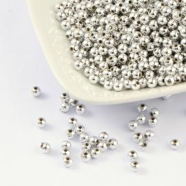 C417- ca. 400 stuks kunststof zilverparels / spacers van 3mm