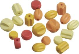 216023211- 20 stuks houten kralen mix geel/rood/oranje 10 tot 18mm