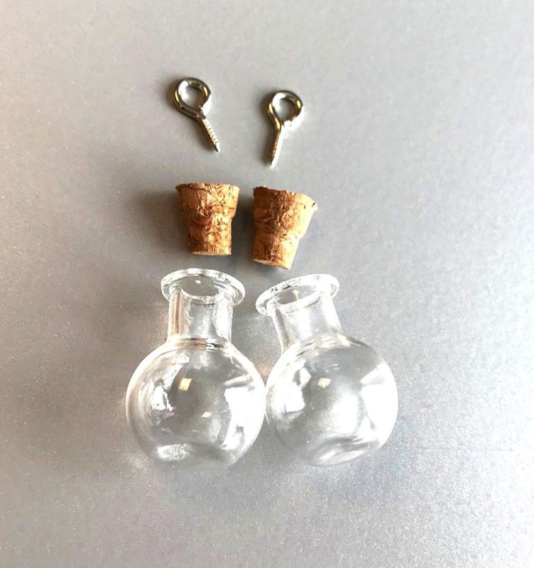 TH124232311- 2 stuks mini glazen flesjes bolletjes 17x21mm