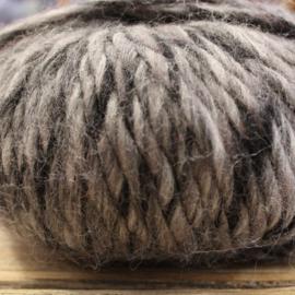 Rowan Drift - kleur 903 zwart grijs