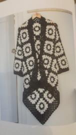 Zwart-wit gehaakt vest