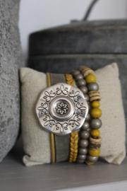 Armband  met bloem Taupe /oker