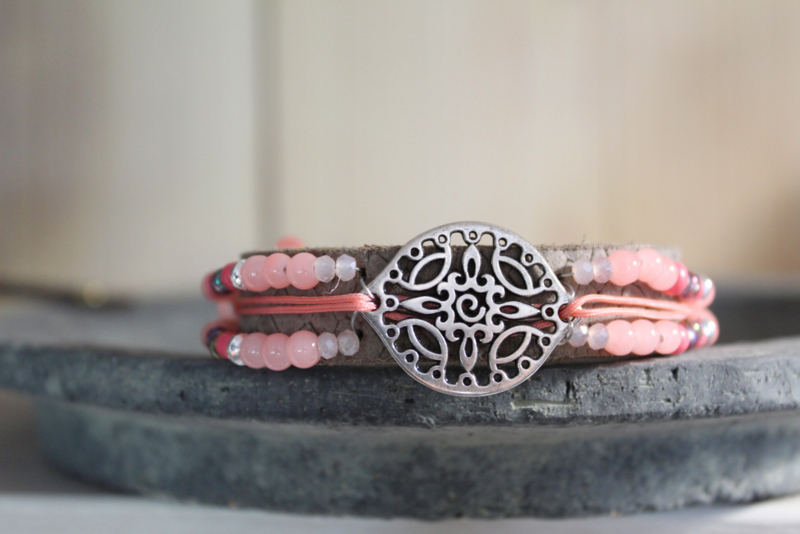 Lederen armband taupe/ rose