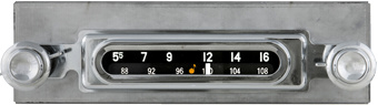 1955 2nd series, 1956-59 Chevrolet Truck AM/FM Bluetooth® Radio
