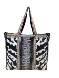 Shopper wild zebra