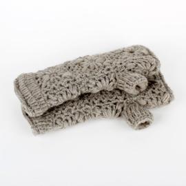 Sjaal met  verhaal handwarmers Licht grijs