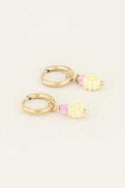 My Jewellery Oorbellen met gele bloemetjes kraal