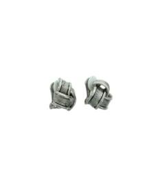 Oorclip knoop - zilverkleurig