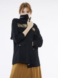 Meisïe - Jasje zwart met kleurrijke print en kant