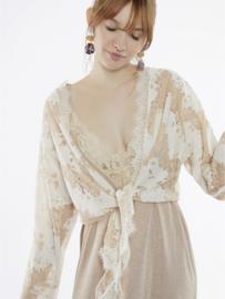 Meisïe - Kimono blouse met franse mouwtjes wit/roze