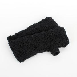 Sjaal met  verhaal handwarmers zwart