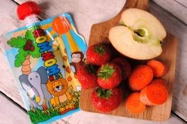 Appel, wortel en aardbeien smoothie