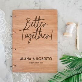 Better Together! Houten gastenboek (met vragen!)