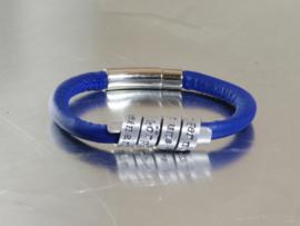 Naam armband voor jongen, naamarmband, naamarmbandje, cadeautje voor een jongen