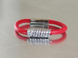 Gepersonaliseerde Lederen en Aluminium Tekst Armband voor Dames en Heren, ROOD