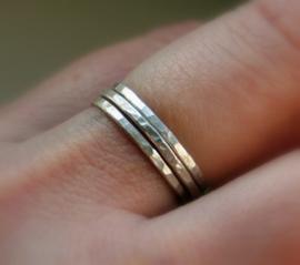Set zilveren stapelringen, 3 aanschuifringen, aansluitringen, stacking rings, smalle ringen, bijring, combinatiering, minimalistisch look