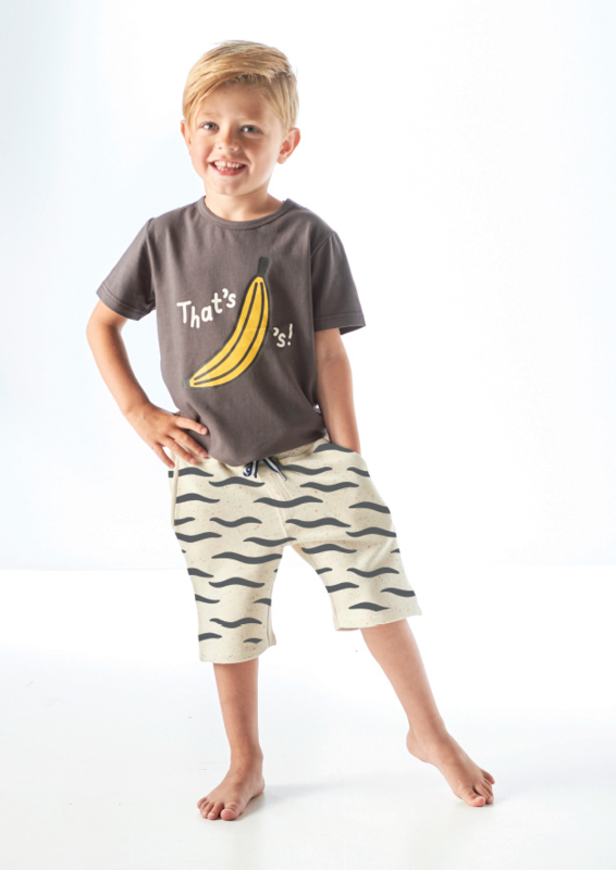 Loose fit t-shirt almost black bananas, Tapete
