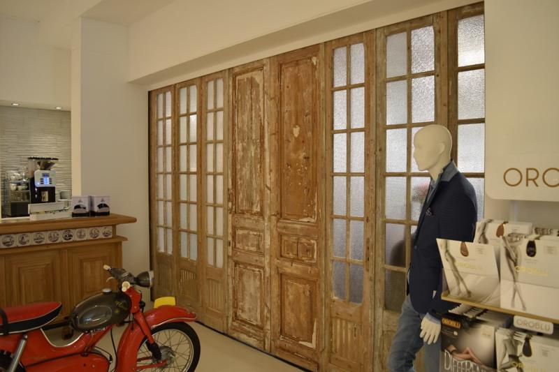 Winkelinrichting: oude deuren krijgen een nieuw leven