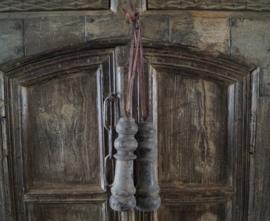 Oude houten klos L