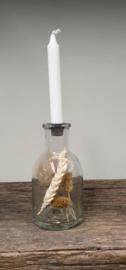 Fles kandelaar met droogbloemen