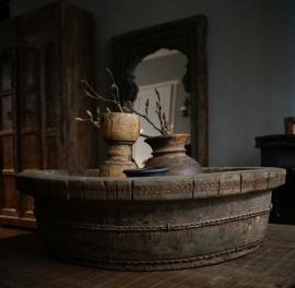 Oude houten ronde bak