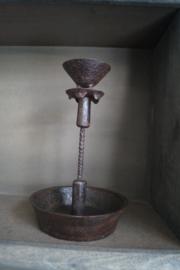 Kandelaar oud metaal