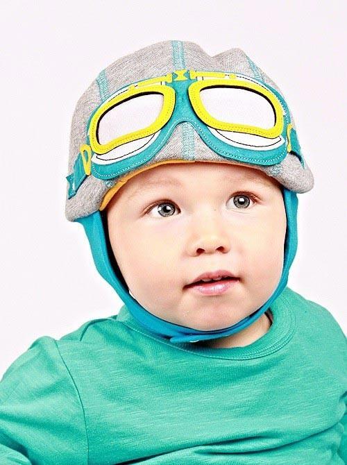 Driver Grey hat 6-9 maanden