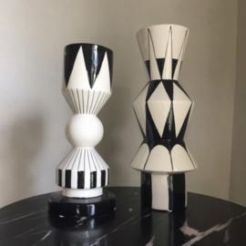 Zwart wit grafische vazen & kandelaar - Kersten