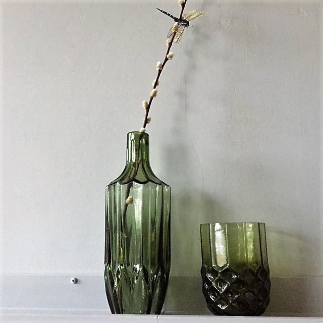 Hoge groene fles vaas