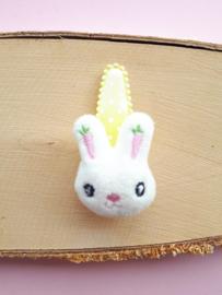Haarspeldje Geel  5cm met stoffen konijntje