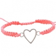 Armbandje Roze gevlochten satijnkoord met hart en schuifknoop