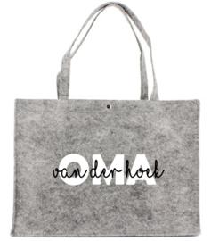 Vilten tas met opdruk OMA  (naam.......)  | Leuk kado om Oma eens te verwennen
