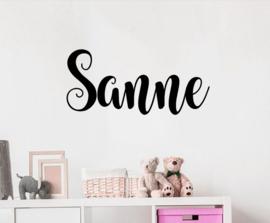 Naamsticker Model Sanne | leuke sticker voor op de deur, de muur in de kinderkamer of kinderstoel