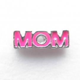 MC049 Mom