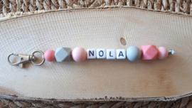Sleutelhanger met naam met siliconen kralen | Model Nola