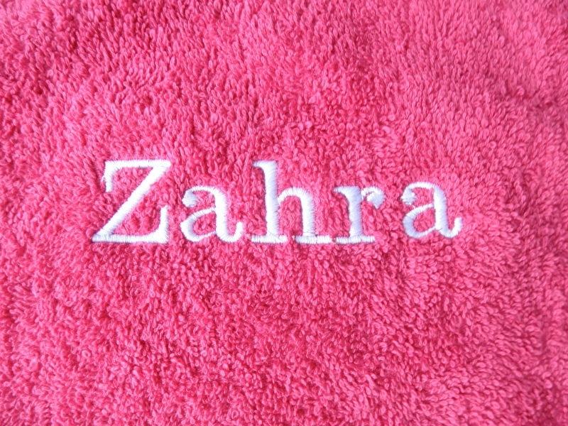 Handdoek met naam Fuchsia Roze 50x100