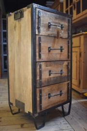 Ladenkast hout / metaal (Jama Trade)