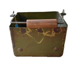 Metalen bakje (Evenaar)