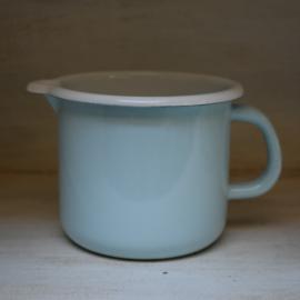 Emaille schenkkan  lichtblauw (Kitchen Trend)