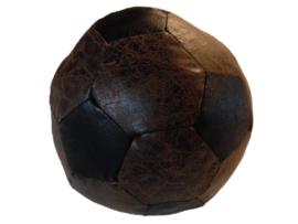 Deurstopper oude voetbal (Van Manen)