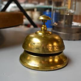 Winkelbel  goud (Clayre & Eef)