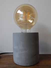 Lampje cement (Van Manen)